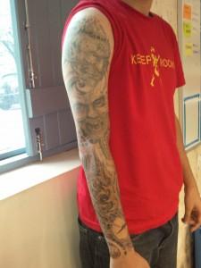 André Valongueiro e suas tatuagens