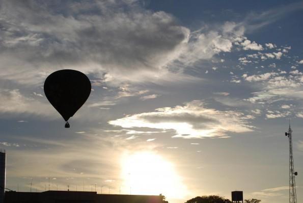 Descida do balão em Brasília