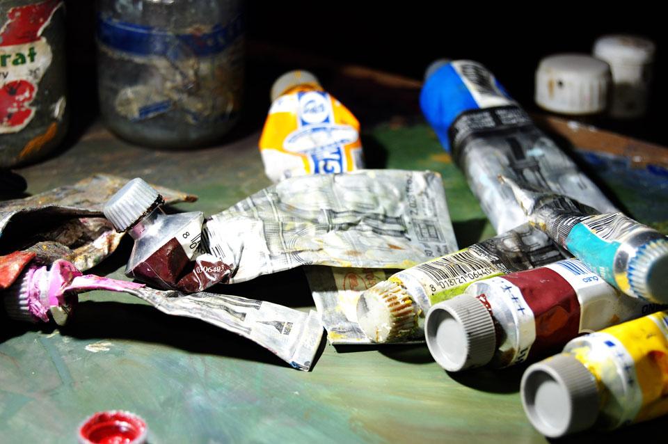 Tubos de tinta para pinturas artísticas.