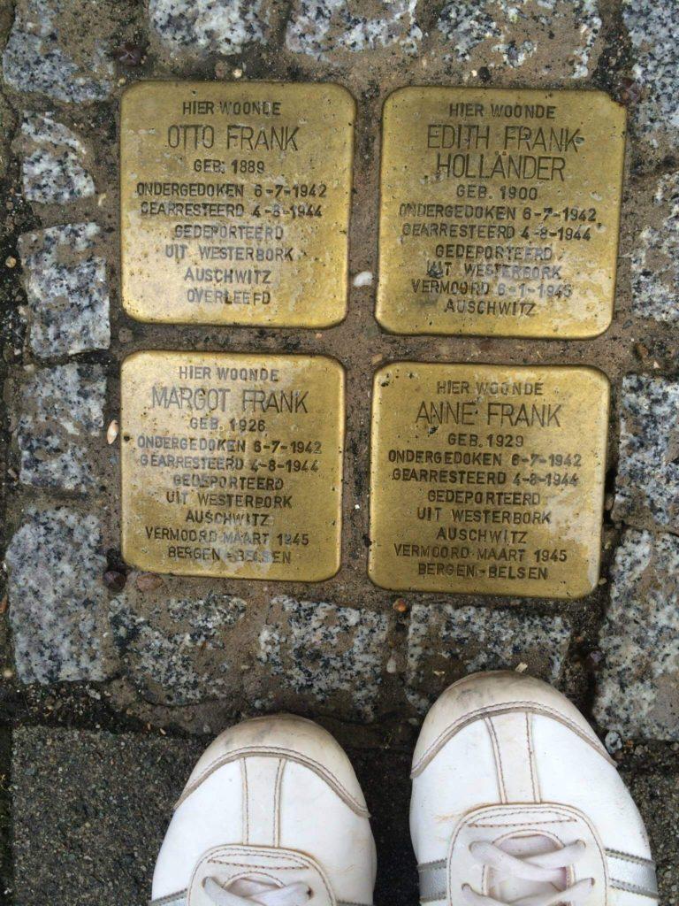 O Diário de Anne Frank - Placas dourada
