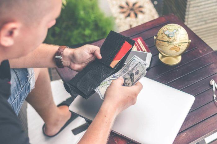 Pagar as dívidas